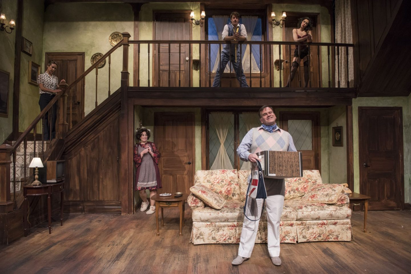 Noises Off play at Windy City Playhouse