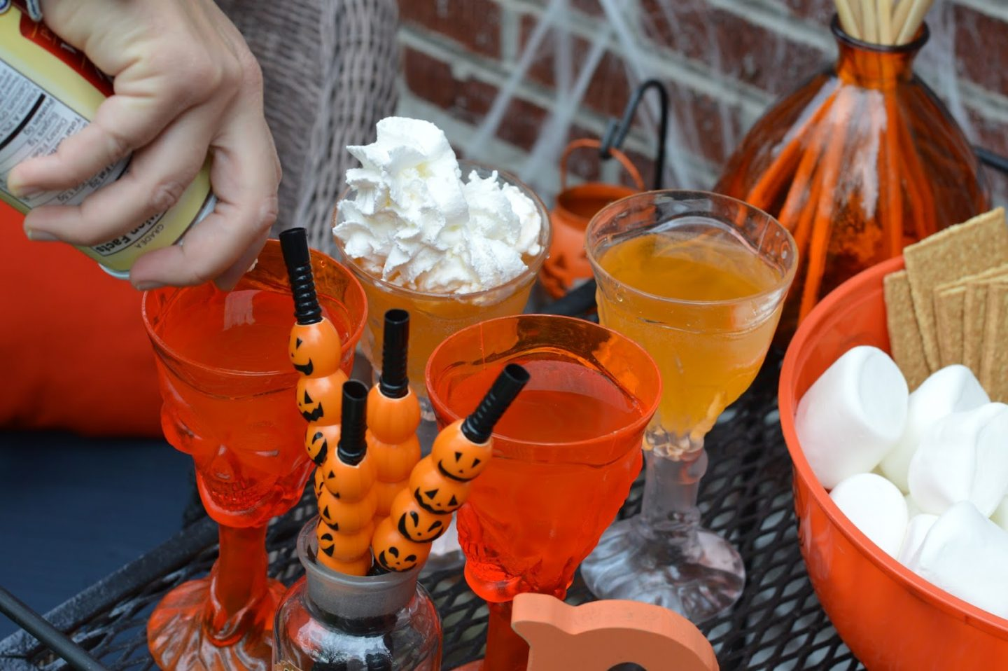 Socially Distant Halloween Party Ideas- beverages